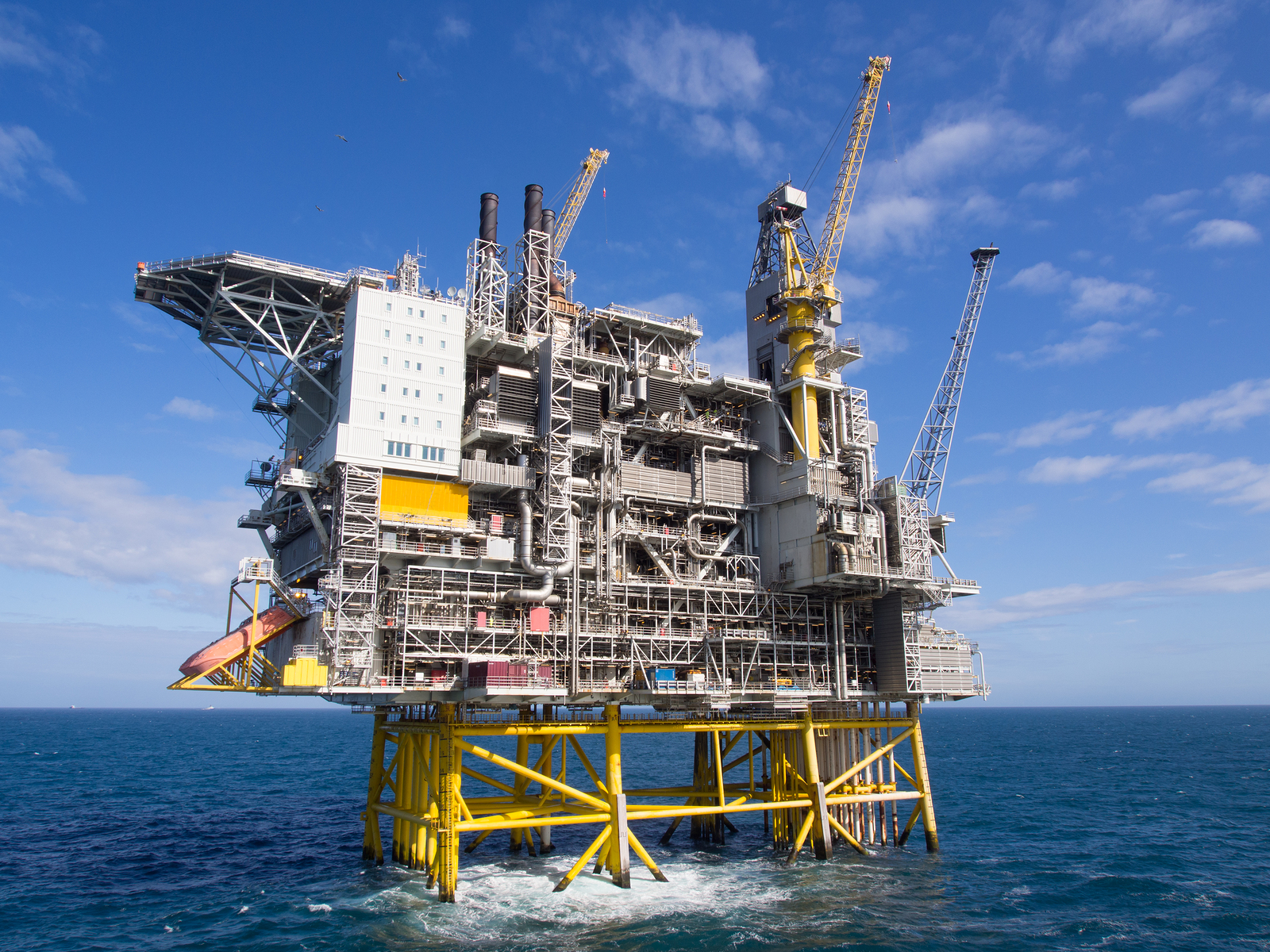 Liability and the Legal Process: Oil Rig Accidents - Ernst Law Group